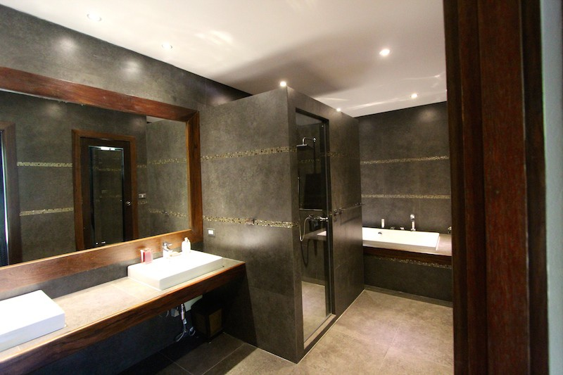 Bali Home For Sale - Guest House Bathroom