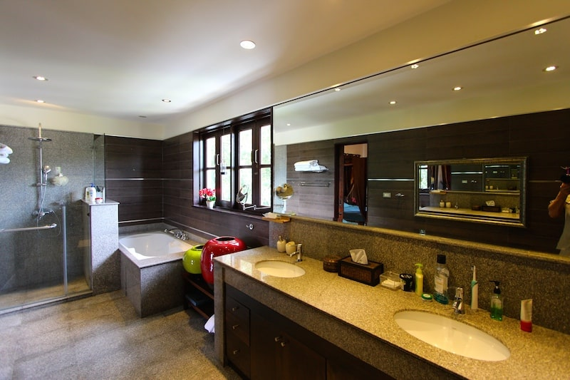 Bali Home For Sale - En-suite Master Bathroom