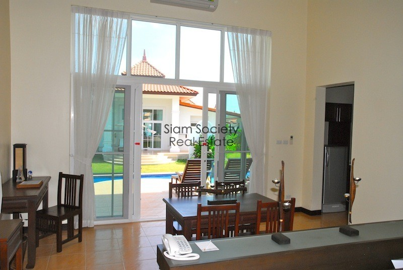 Banyan Golf Residential Village - Dining Room