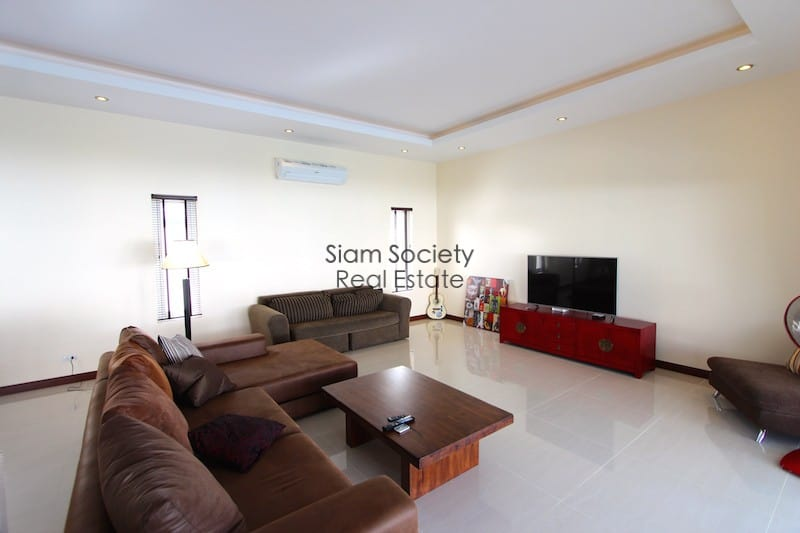 Palm Villas home for rent near Palm Hills golf course Hua Hin