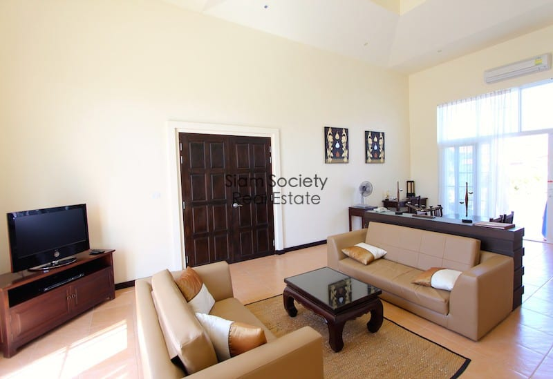 Banyan golf Residences - Living Room