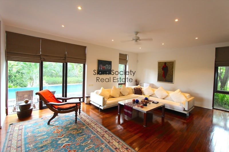 Palm Hill House For Sale Living Room