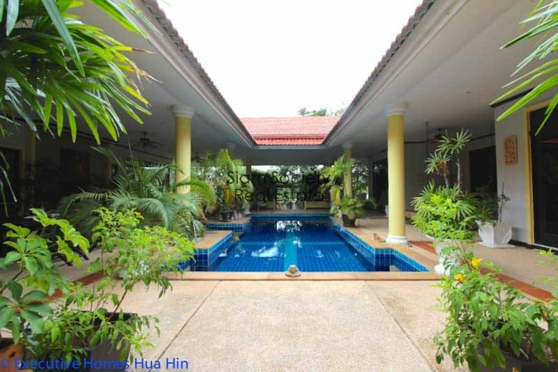 Palm Hills Home For Sale - Swimming Pool & Terrace