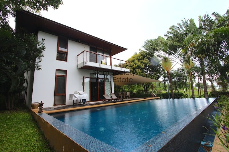 Pool and house Palm Hill House For Sale