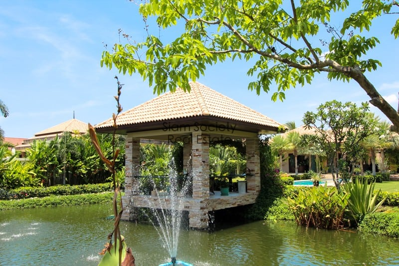 Balinese-Style Villa For Sale In Pranburi