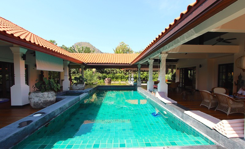 Luxury Bali Style Hua Hin home for sale