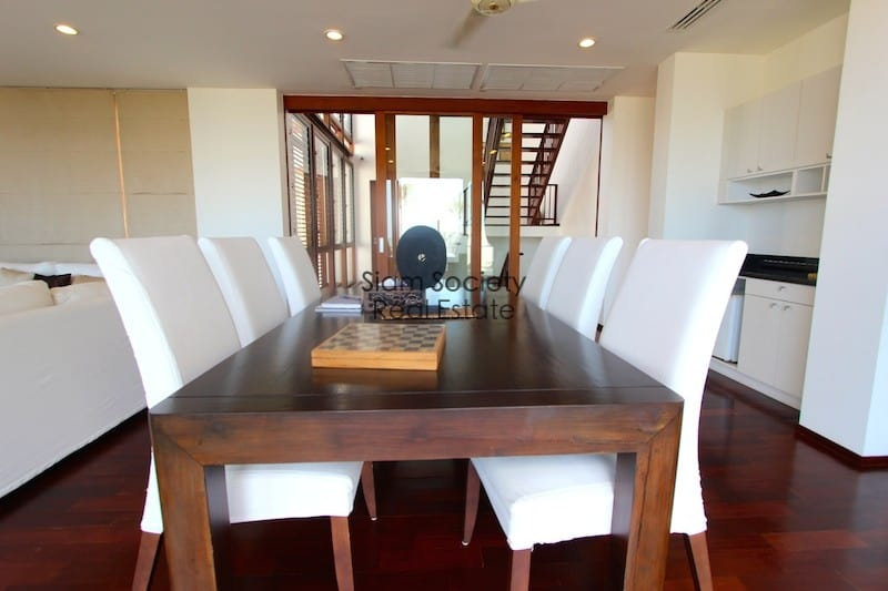 Indoor dining room with wet bar