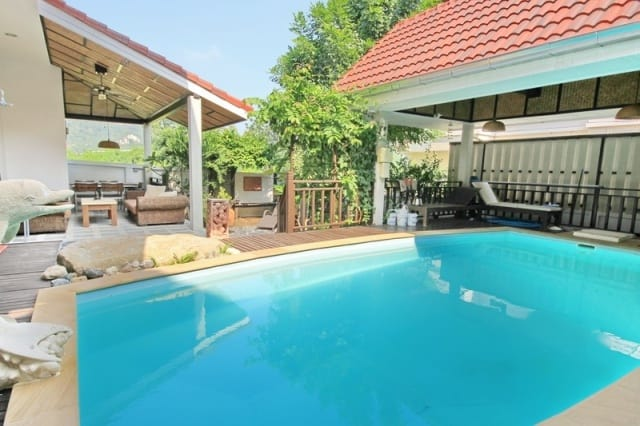 Central Hua Hin home for sale