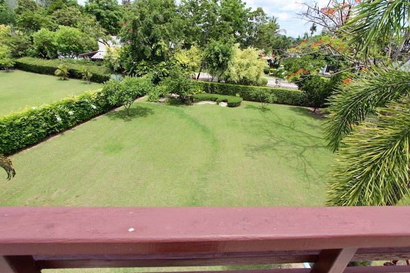 Palm Hills golf course home For Sale in Hua Hin Thailand