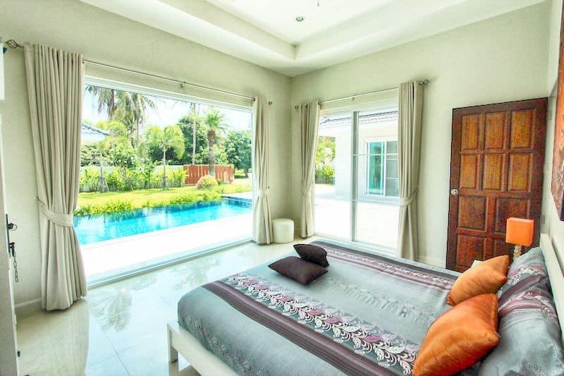 White Beach Villas For Sale In Hua Hin Dolphin Bay Thailand