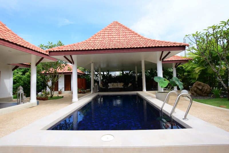 4 bedroom home for sale in Hua Hin Thailand