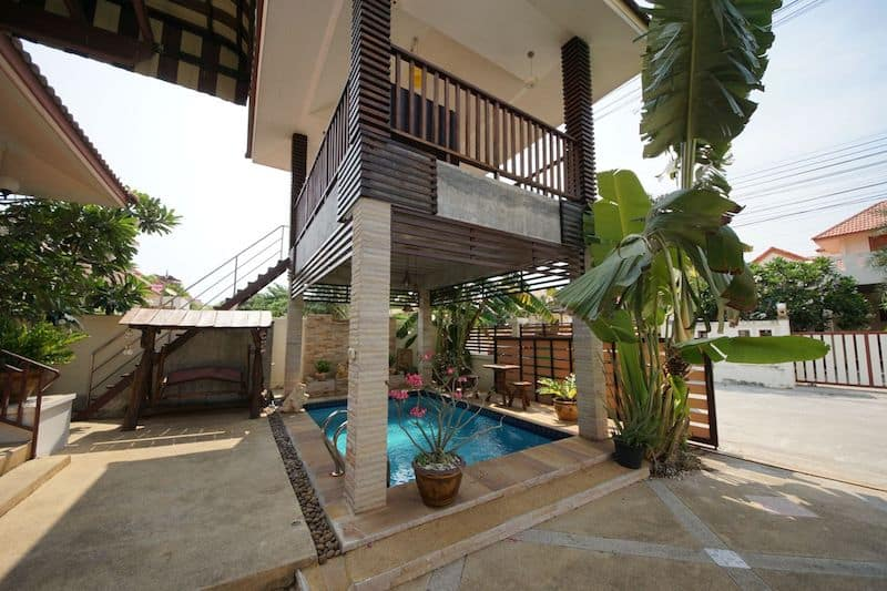 Central Hua Hin Pool Villa Home For Sale_1