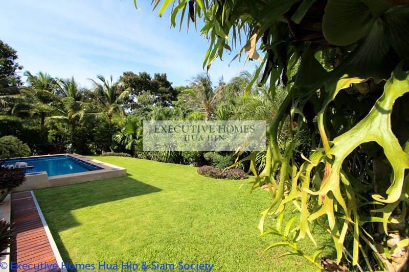 Golf Course Houses For Sale In Hua Hin | Hua Hin Real Estate Property Listings For Sale & Rent | Hua Hin Real Estate Agents | Hua Hin Homes & Houses For Sale