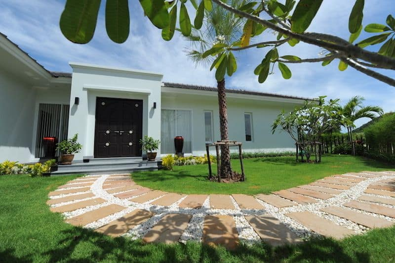 Hua Hin Luxury Homes For Sale Near Golf | Hua Hin Real Estate Homes For Sale | Hua Hin Property Agents | Hua Hin Golf Course Homes For Sale | Hua Hin Estate Listings For Sale