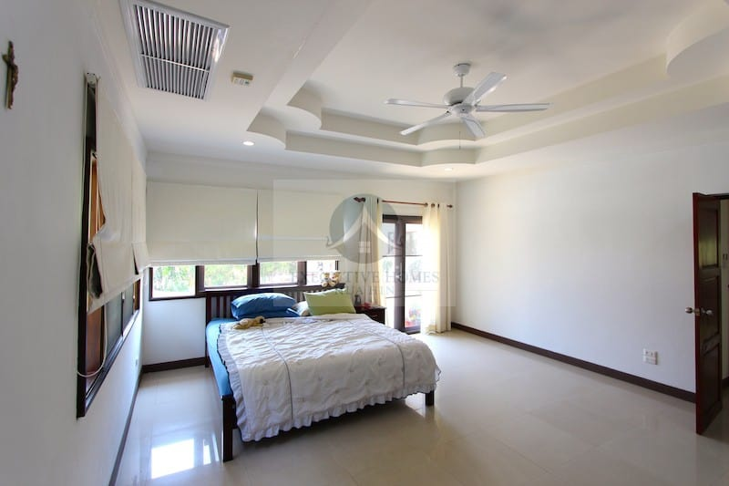 Central Hua Hin Homes For Sale | Hua Hin Property Agents | Hua Hin Luxury Villas For Sale | Hua Hin Real Estate Listings For Sale & Rent