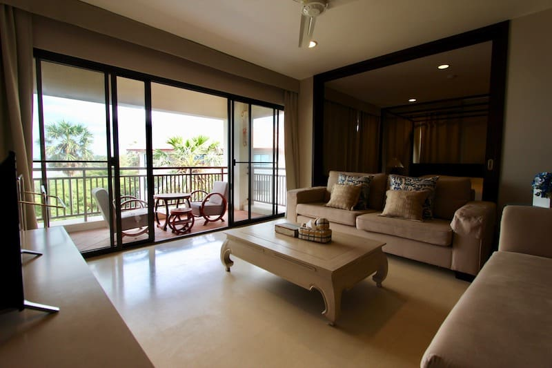 Sea View Condo For Sale | Hua Hin Condos For Sale | Hua Hin Real Estate | Hua Hin Property For Sale | Hua Hin Property Agents | Pranburi Real Estate | Pranburi Properties For Sale