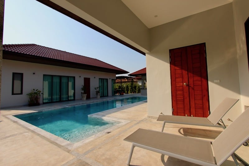 Golden Sands Outside - Coverd Pool Lounger Area