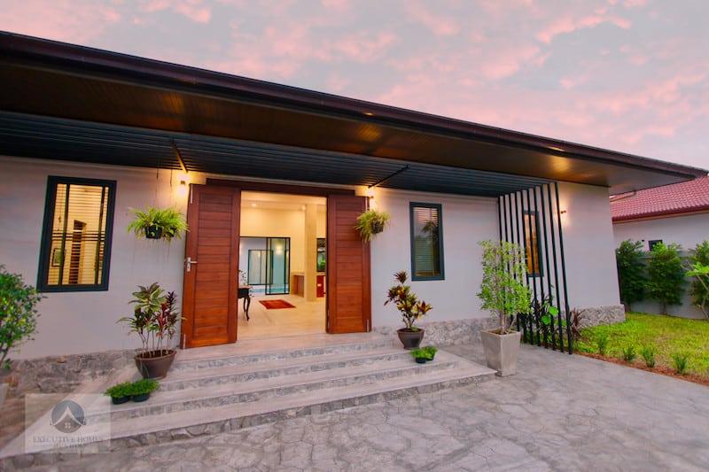 Golden Sands Seaside Villas Hua Hin
