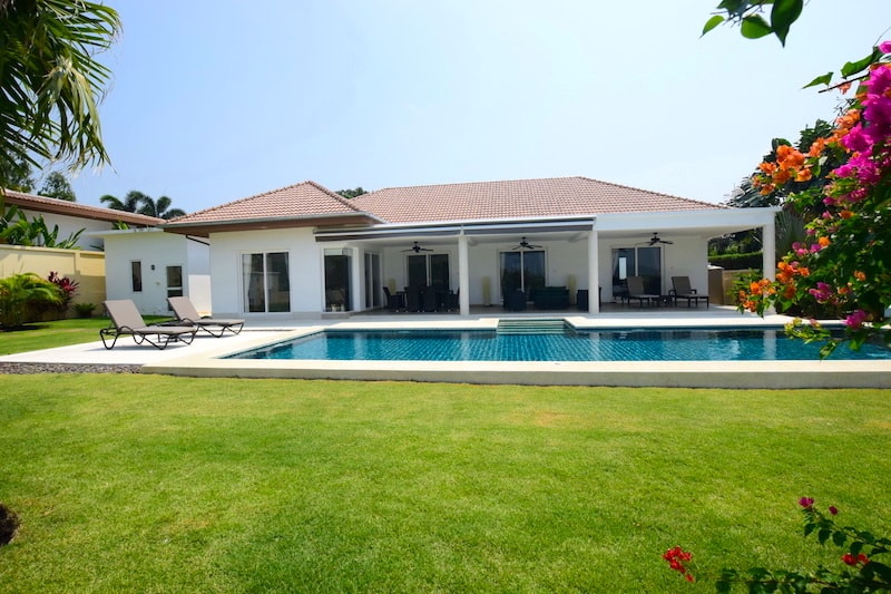 Views 3 Bed Pool Villas For Sale