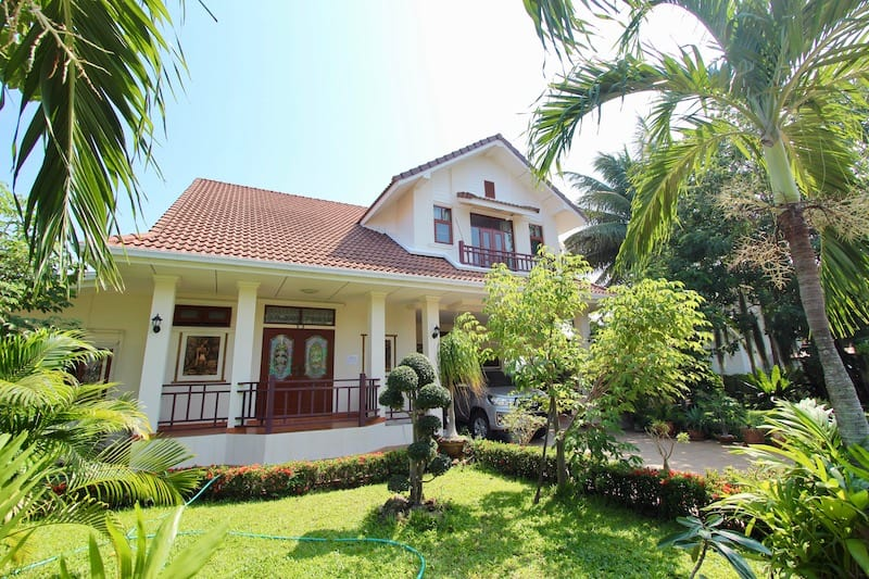 PRANBURI HOMES FOR SALE NEAR BEACH
