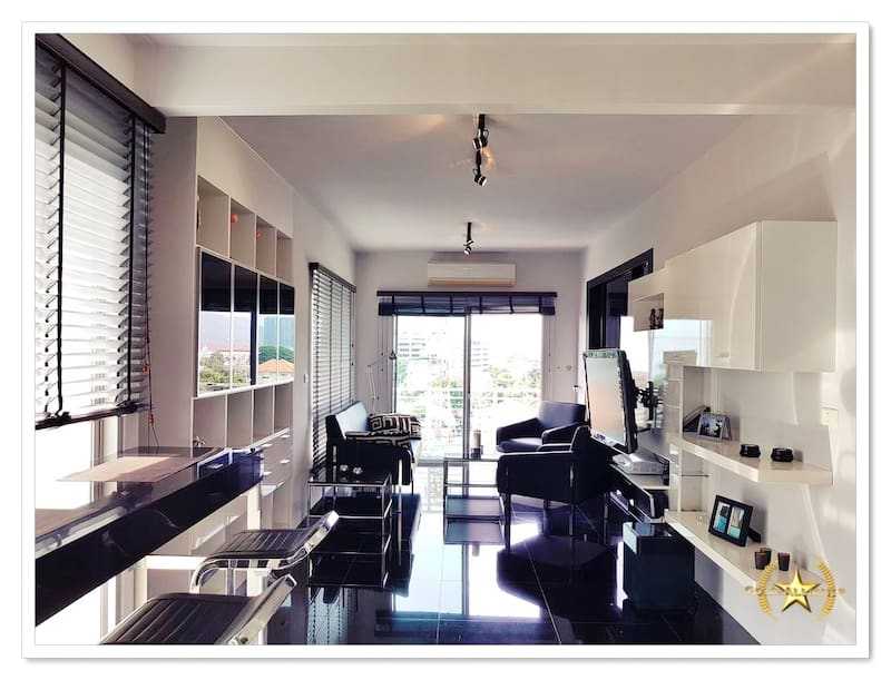 DOWNTOWN HUA HIN 2 BED CONDO FOR SALE