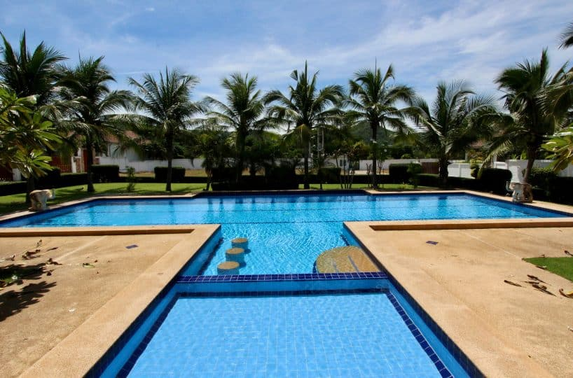 HUA HIN PROPERTY FOR SALE NEAR BLACK MOUNTAIN