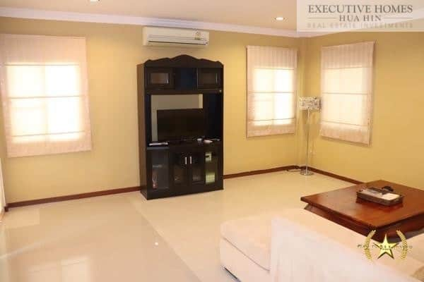 Heights 3 bed pool villa for sale