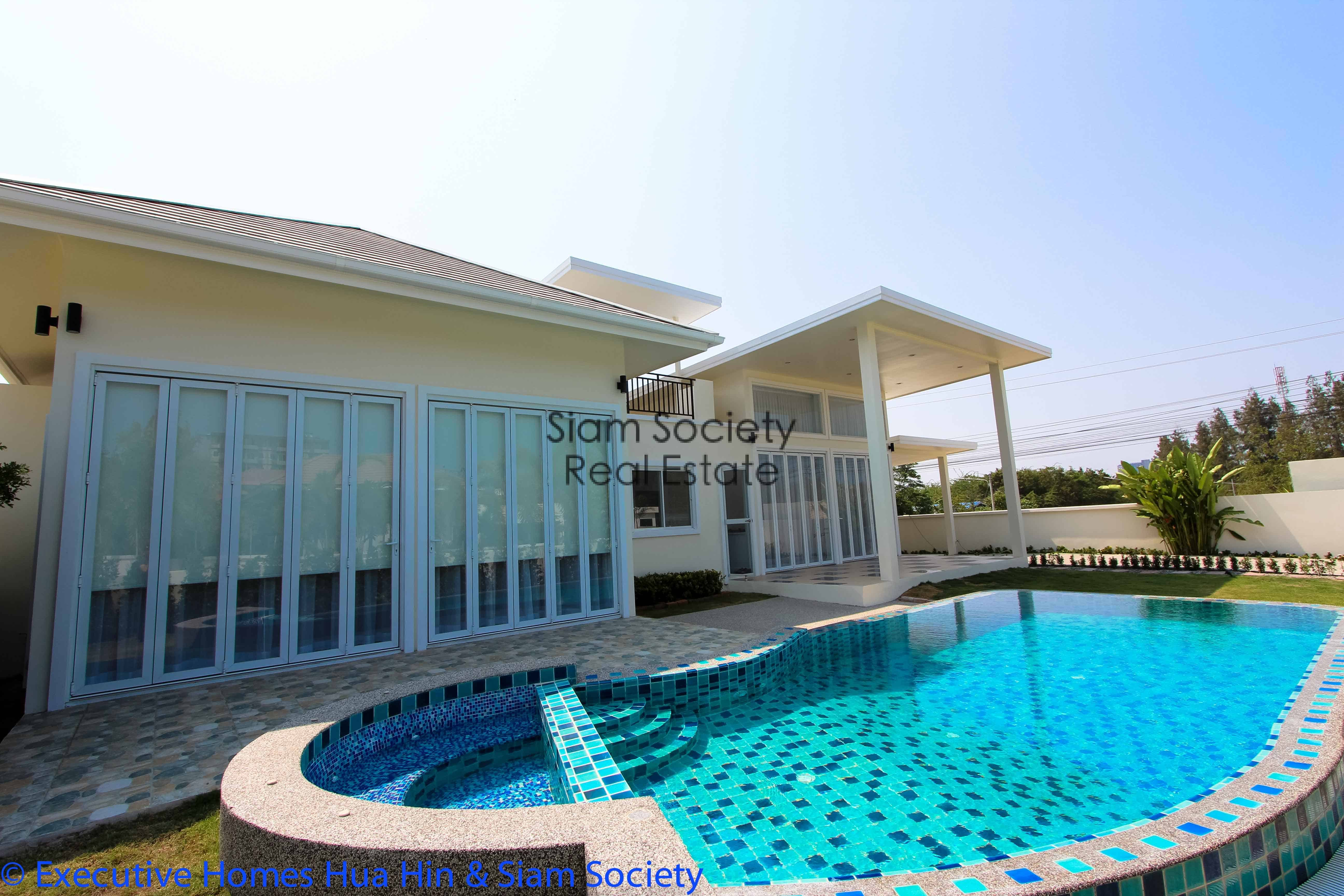 Ultra modern beach house for sale in kao takieb hua hin hua hin villa real estate hua hin for Swimming pool and jacuzzi near me